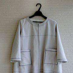 ステッチホワイトコート